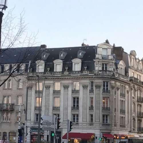 Cabinet du chirurgien esthétique Antoine de Runz à Metz